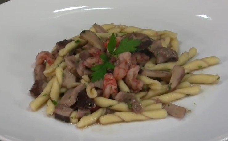 Ricetta , per Preparare Ottimi Strozzapreti, Funghi e Gamberetti