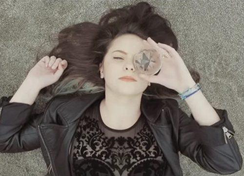 """Video DvdiV – VideoClip , della """" l' Amore Esiste """" di Francesca Michielin"""