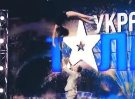 Video DvdiV – Spettacolare , Esibizione di 2 Ballerini in Televisione