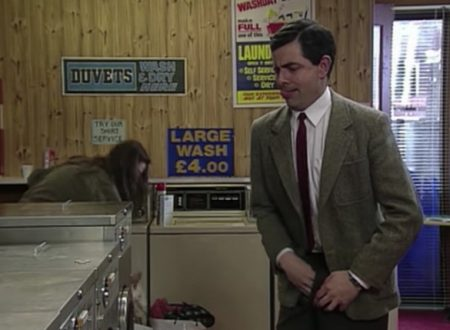 """Video DvdiV – Funny , Gag """" Arriving at the Launderette """" con Mr. Bean"""