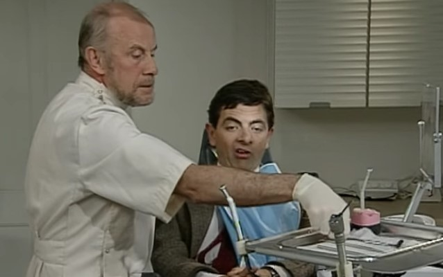 Funny , Gag in At the Dentist con Mr. Bean