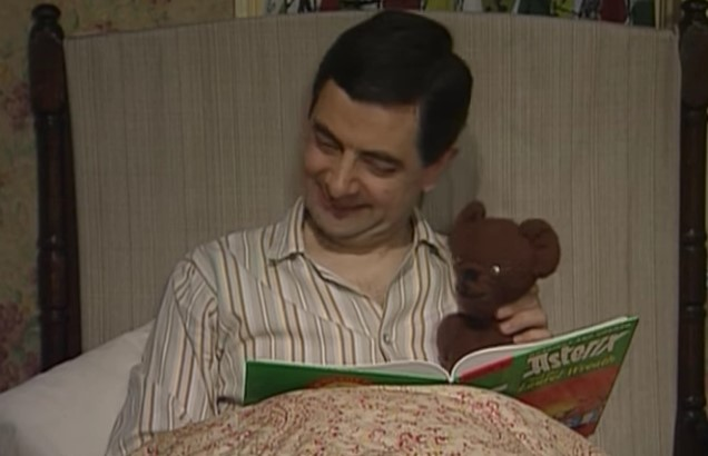 Funny , Gag in Getting Ready for Bed con Mr. Bean
