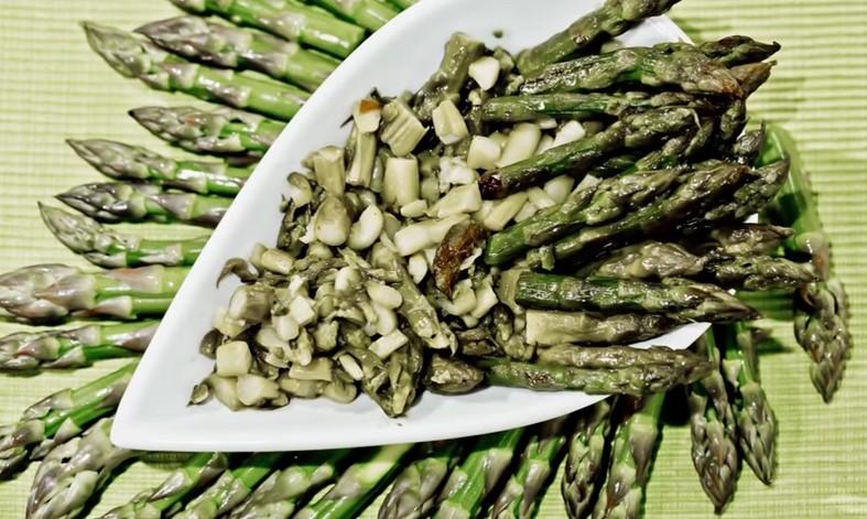 Ricetta Vegan , per Pulire , Cucinare e Preparare gli Asparagi