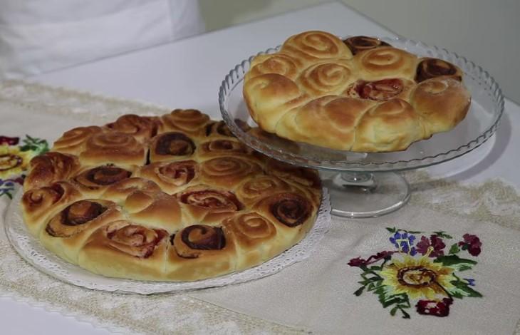 Ricetta , per Preparare la Morbidissima e Classica Torta di Rose