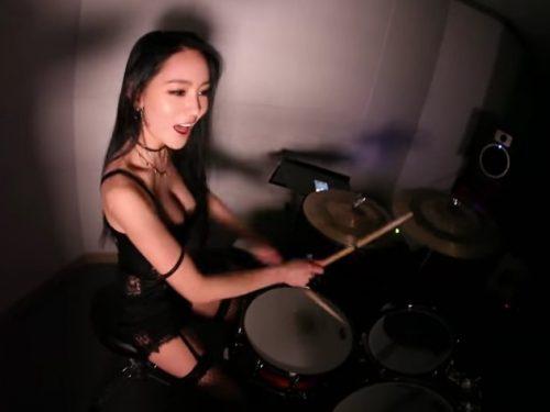 """Video DvdiV – VideoClip , della Cover """" Welcome to the Jungle """" di A-Yeon"""
