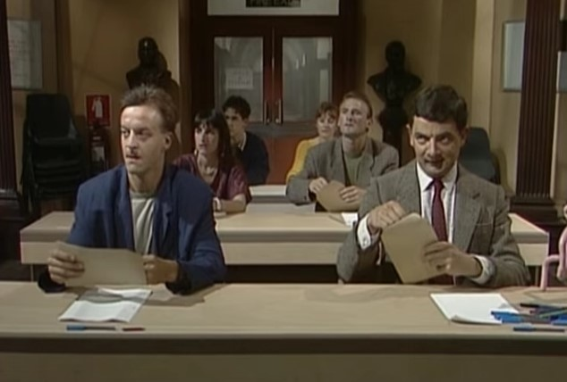 Funny , Gag in the Exam Cheat con Mr. Bean