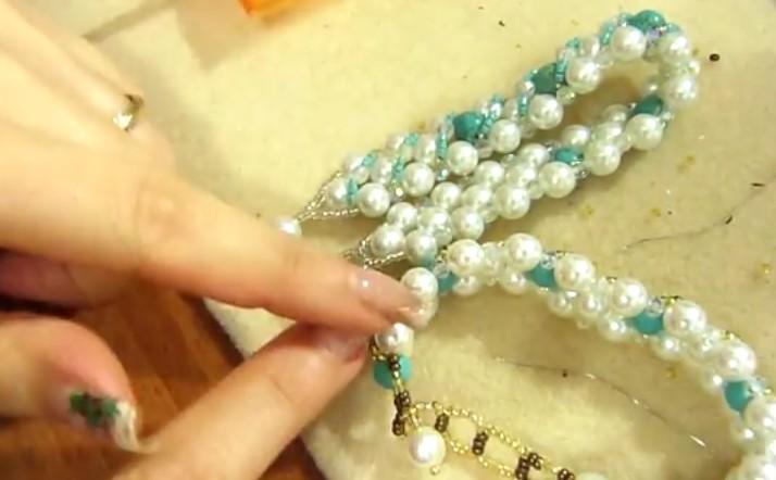 Utile , come Realizzare un Bracciale Antiallergico Cristalli e Perline