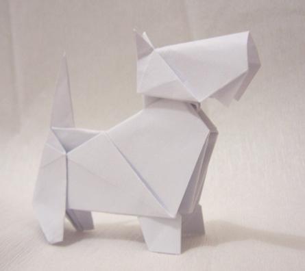 Funny , Arte dell' Origami per Creare un Classico Dog
