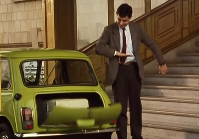 Funny , Gag in Checking In con Mr. Bean