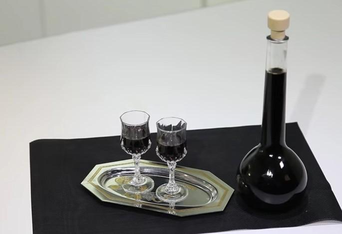 Ricetta , per Preparare un Classico Liquore alla Liquirizia