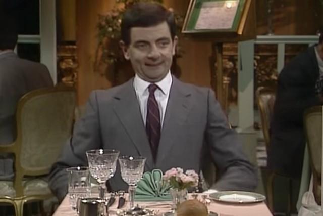 Video DvdiV – Funny , Gag in the Restaurant con Mr. Bean