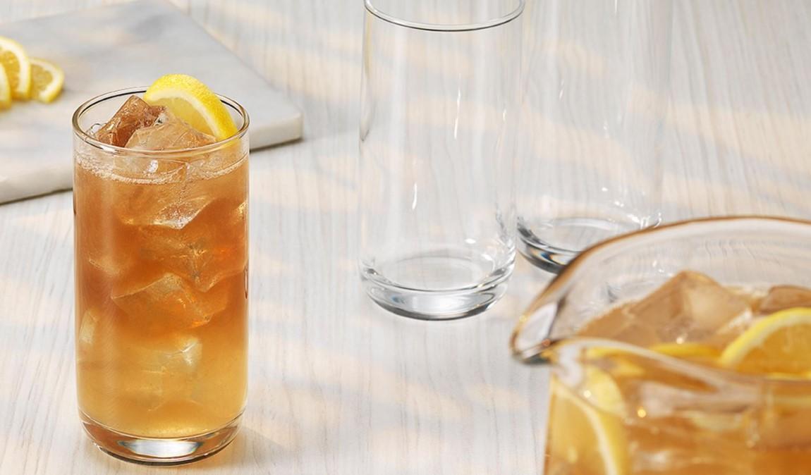 Cocktail , Arte nel Preparare un Semplice Scotch con Green Tea