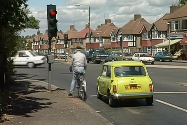Funny , Gag in Traffic Lights con il Fantastico Mr. Bean