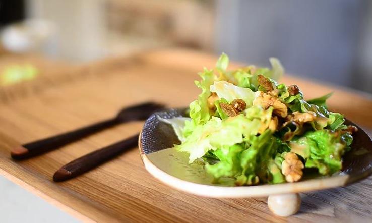 Ricetta Vegan , per Preparare un' Ottima Salsa per Insalata con Wasabi