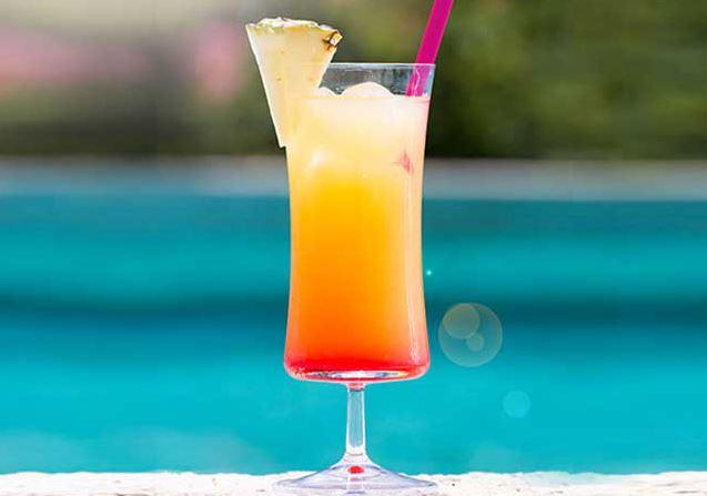 cocktail-arte-nel-preparare-un-favoloso-sex-on-the-beach