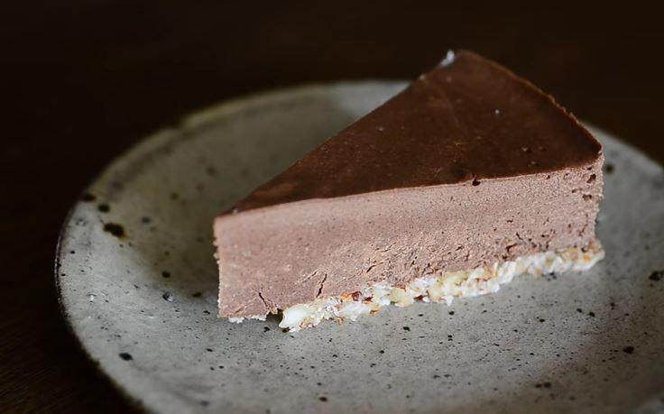 ricetta-vegan-per-preparare-una-quisita-torta-banana-e-cioccolato